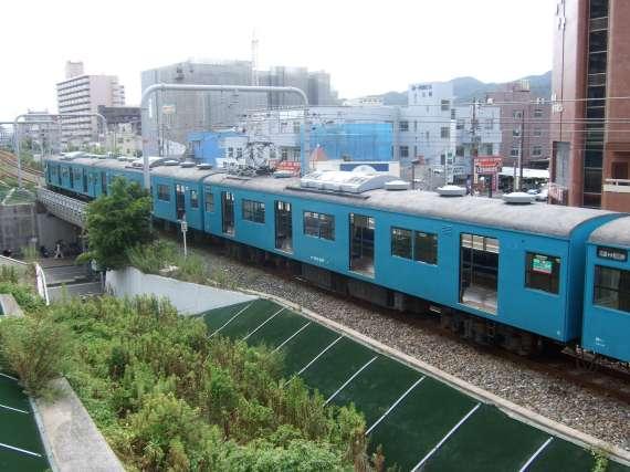 http://kobephoenix.la.coocan.jp/train/kobe/shinnagata/20060817/20060817b.jpg